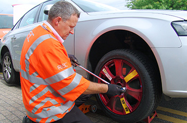RAC Engineer fits spare wheel